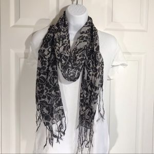 Black and gray floral print scarf